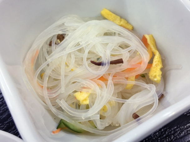 chilled noodle salad at koguchi shizen-no-ie
