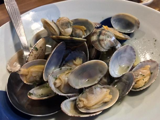 clams at kanteki