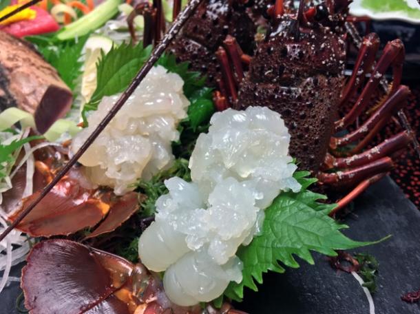 lobster sashimi at hotel nakanoshima wakayama
