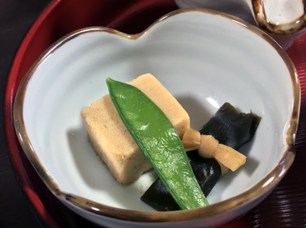 tofu in mirin with yuba and-mangetout-at-minshuku tsugizakura
