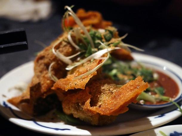 deep-fried won tons at farang