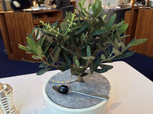 olive amuse bouche at claude bosi bibendum