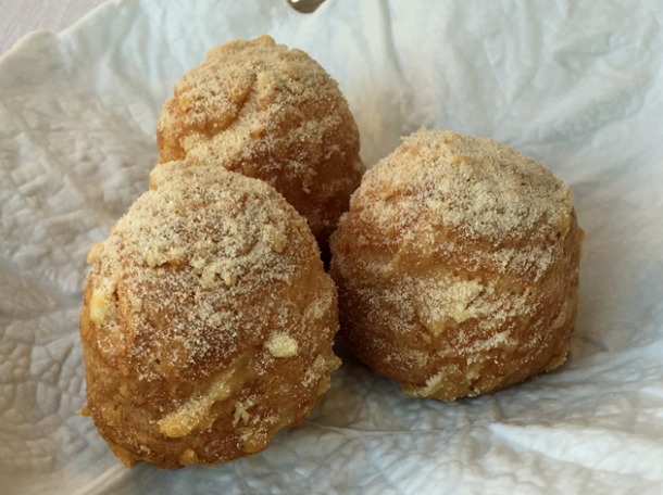 parmesan bread balls at claude bosi bibendum south kensington