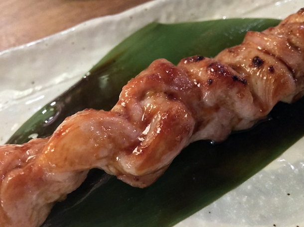 chicken thigh yakitori at shoryu kingly court