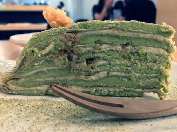 matcha mille crepe at machi-ya
