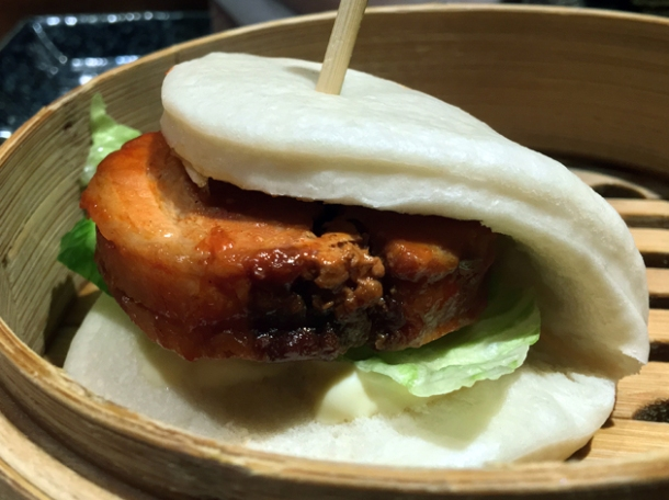 pork hirata bun bao at shoryu kingly court