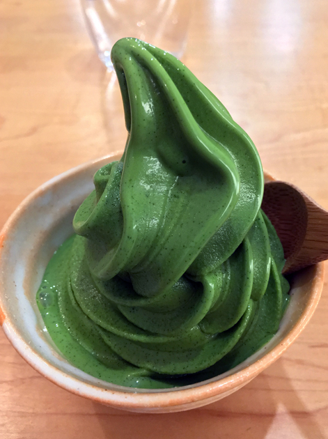 soft serve matcha ice cream at machi-ya