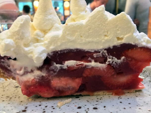 chilled strawberry and cream pie at plaquemine lock