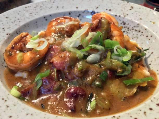 shrimp and grits at plaquemine lock
