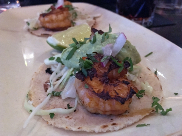prawn tacos at el muro