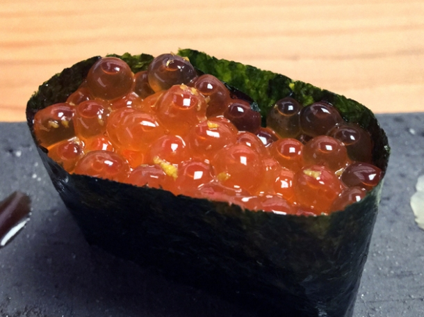 salmon roe wrapped in nori at yen the strand