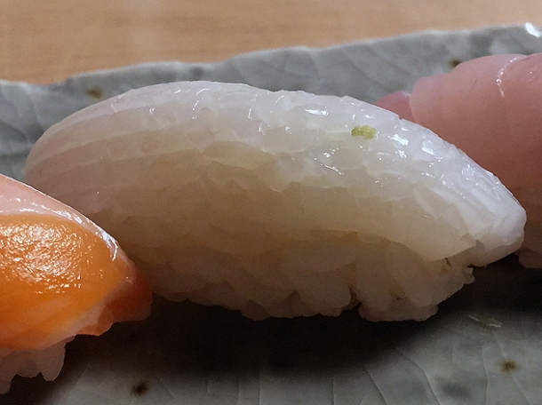 squid sushi at yen the strand