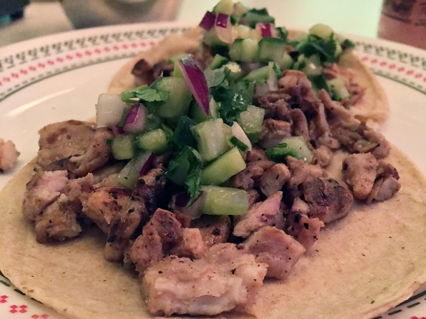 chicken tacos at tacos del 74 dalston
