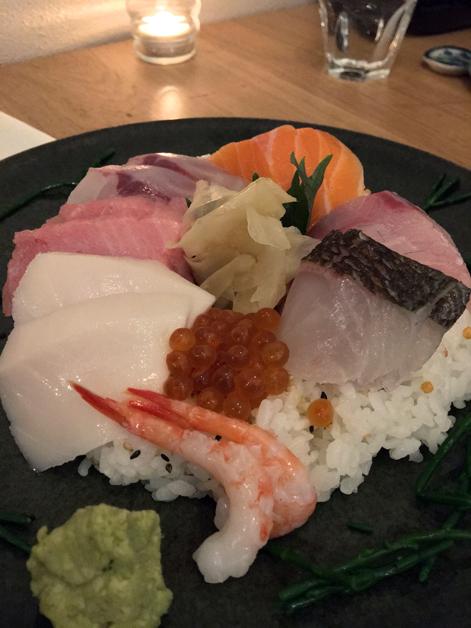 chirashi sushi at sushi atelier