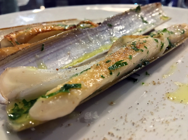 razor clams at sabor