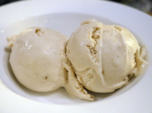 brown bread ice cream at brat