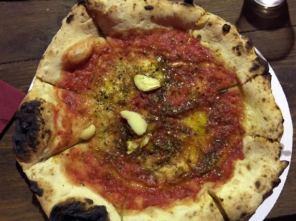 marinara pizza from rust bucket at street feast woolwich public market