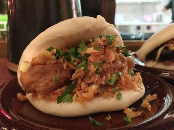 tofu gua bao at daddy bao