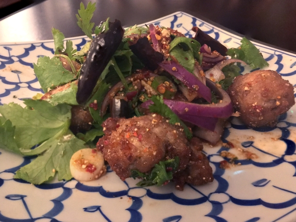 chicken-and-mint-larb-salad-at-kin-et-deum