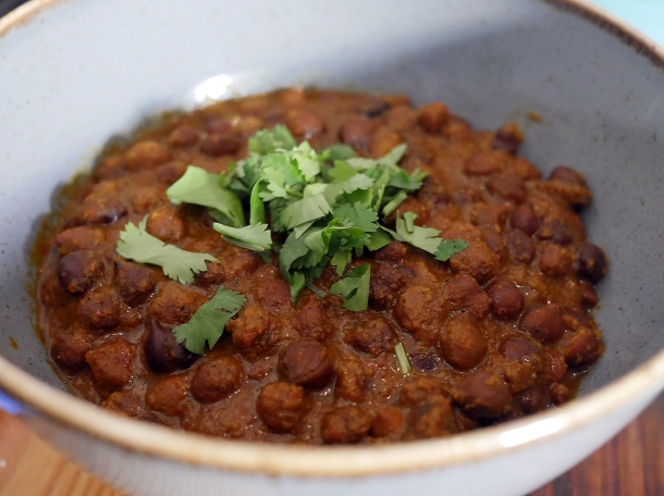 kala channa chickpea curry at masala wala cafe