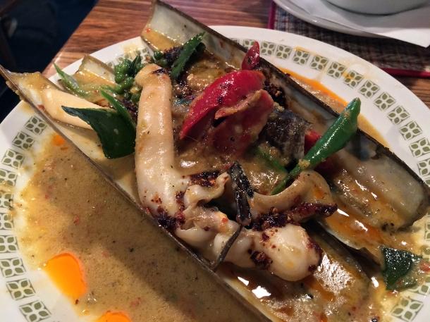 razor clams at singburi