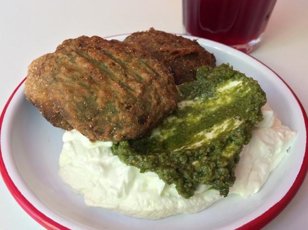 broadbean falafel at bababoom islington