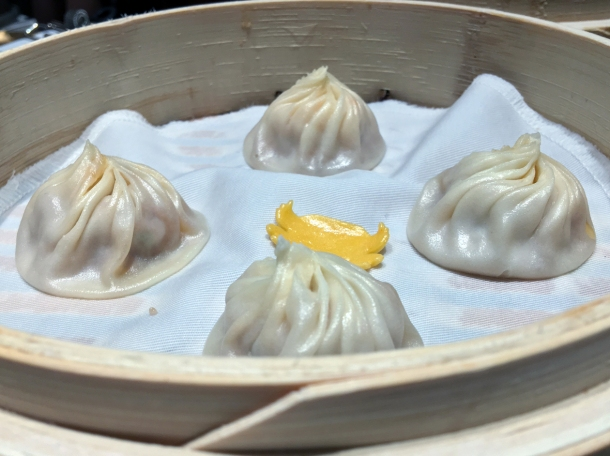 crab and pork soup dumplings at din tai fung covent garden