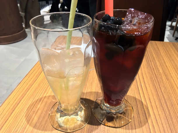 lemongrass iced tea and bubble tea at din tai fung covent garden