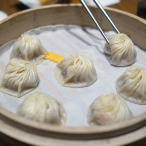 Din Tai Fung Covent Garden review – people are queuing for hours to order the wrong dish at this dumpling restaurant