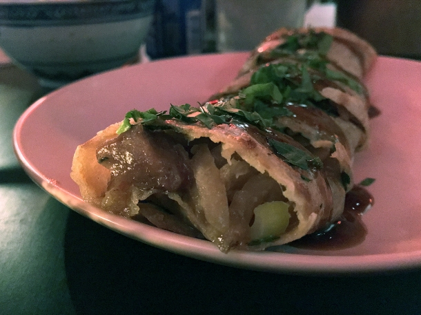 pork popiah at bao and bing