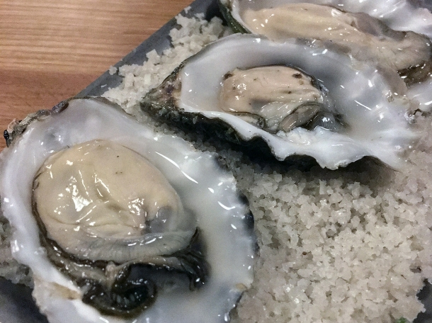 oysters at orasay notting hill