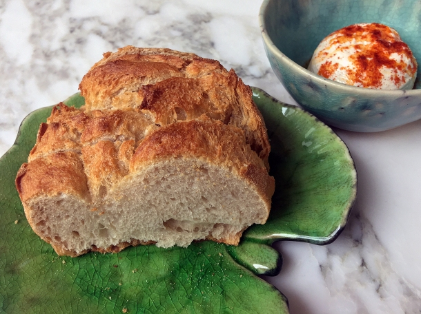 illustrative photo of the bread and whipped roe at Siren at The Goring Hotel
