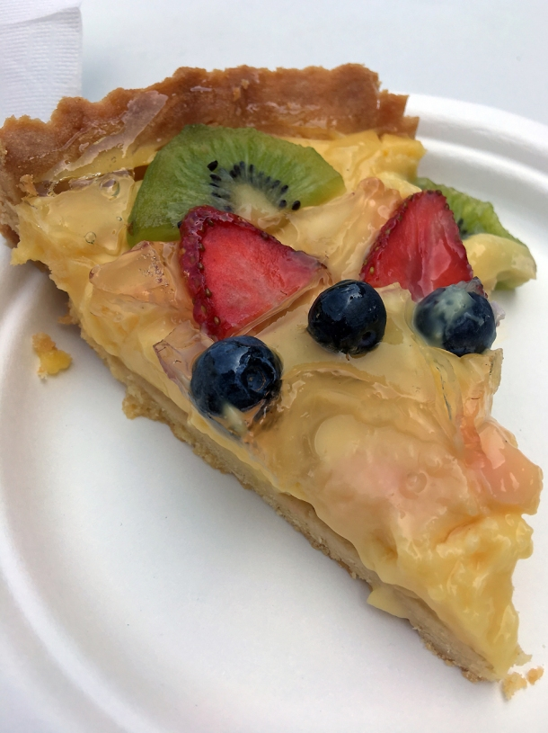 illustrative photo of the fruit crostata from Caffe Latino at Mercato Metropolitano