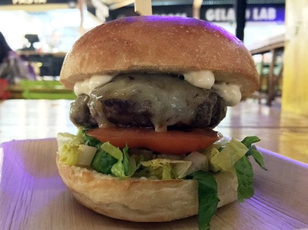 illustrative photo of the single cheeseburger from I Burghero at Mercato Metropolitano