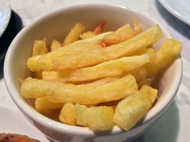 illustrative photo of the fries from Casa do Frango at Arcade Food Theatre