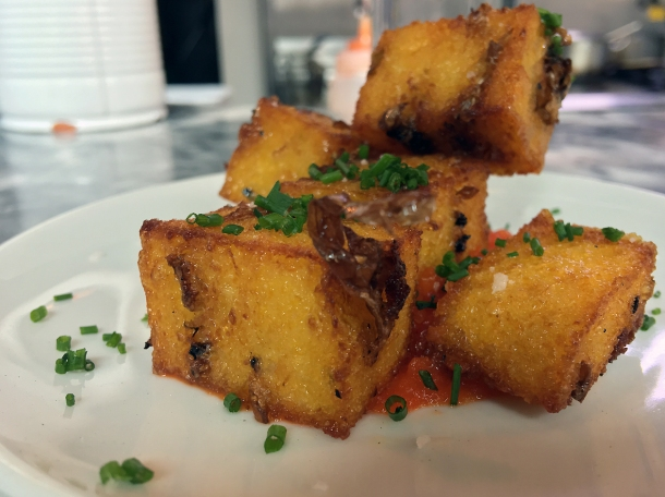 illustrative photo of the crispy polenta at Bar Douro