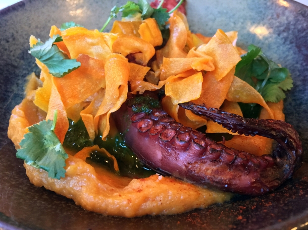 illustrative photo of the octopus with sweet potato at Bar Douro