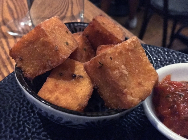 illustrative photo of the fried cornmeal masala at Volta do Mar