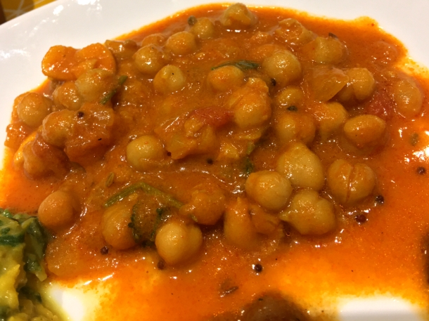 illustrative photo of the chickpea curry from Everest Curry King
