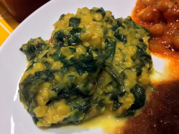 illustrative photo of the spinach and lentil curry from Everest Curry King