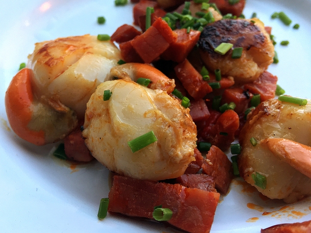 illustrative photo of the scallops with chorizo at Mackerel Sky