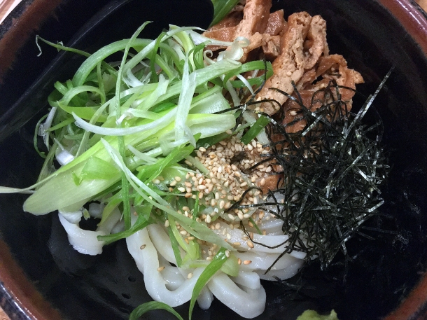 illustrative photo of the cold udon with cold sauce and tofu at Koya City