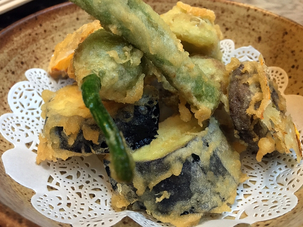 illustrative photo of the vegetable tempura at Koya City