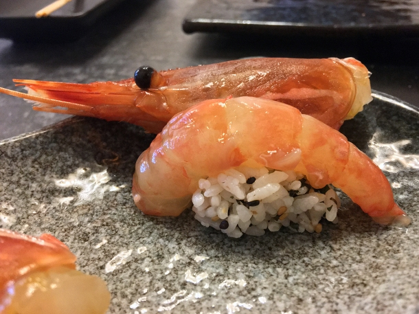 illustrative image of the raw prawns at Junsei