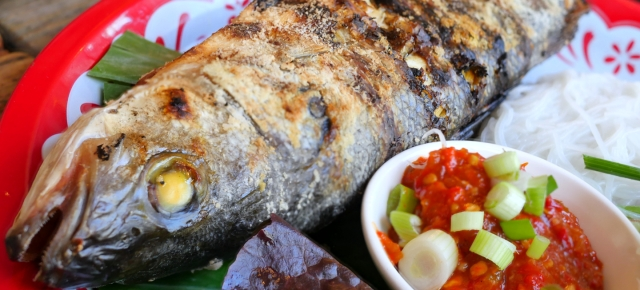 illustrative image of the salt grilled whole fish at Lao Cafe